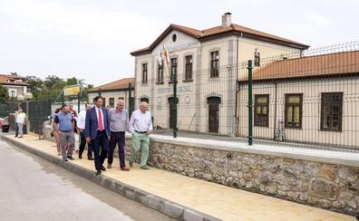 Obras Públicas destina 176.000 euros a urbanizar el entorno del colegio de La Cavada