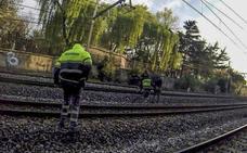 Los vigilantes de Renfe de Cantabria piden protección ante las «constantes agresiones»