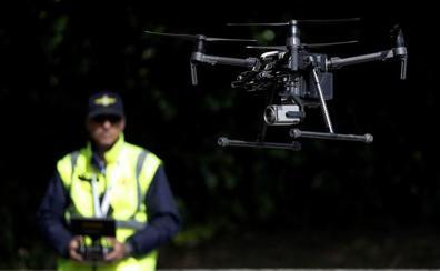 El dron de la DGT llegará a las carreteras cántabras este mes
