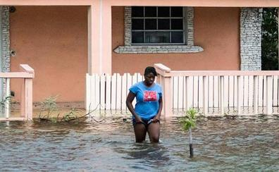 'Dorian' devasta Bahamas y amenaza a EE UU tras dejar almenos cinco muertos