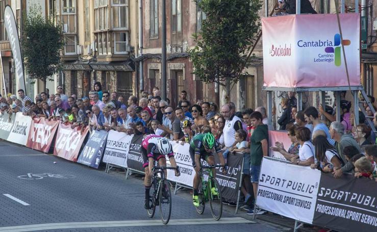 Imágenes de la primera etapa de la Vuelta a Cantabria