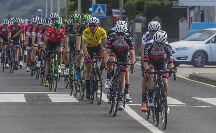 Imágenes de la tercera y última etapa de la Vuelta a Cantabria