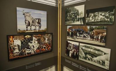 La muestra 'El viaje del Guernica' llega a la plaza Porticada