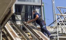 Los vecinos se quejan de los continuos cierres del funicular del Río de la Pila