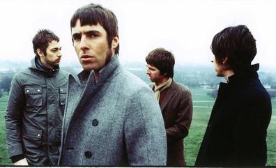 Los 25 años de Oasis en diez canciones