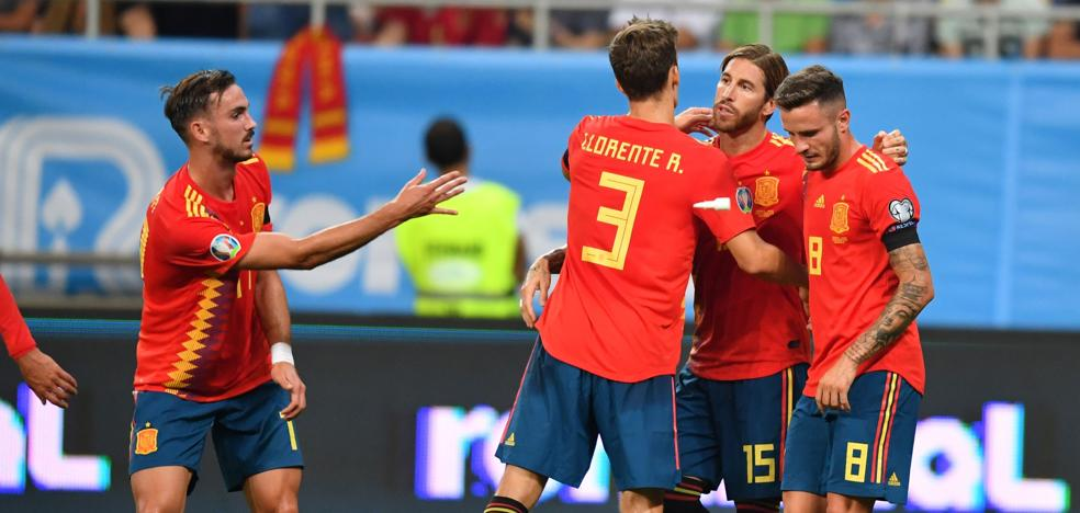 España brilla, sufre y vence en territorio hostil