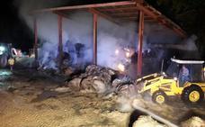 Arden de madrugada 500 fardos de paja en una nave ganadera en Valderredible