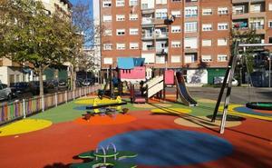 El Ayuntamiento de Santoña trabaja en el proyecto para cubrir el parque infantil de Manzanedo