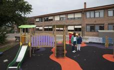 Villaescusa plantea a la nueva consejera de Educación ampliar el colegio público