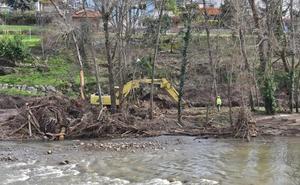 Cartes plantea un proyecto para recuperar toda la ribera del Besaya