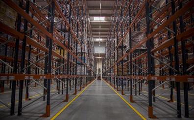 Lupa empieza a llenar su centro logístico para ponerlo en funcionamiento en días