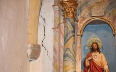 Los vecinos de Yebas claman contra el estado de abandono de su iglesia