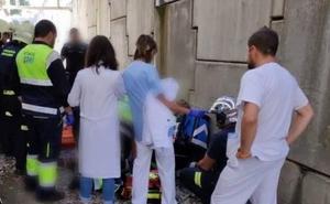 Herido un hombre de 56 años tras precipitarse por un talud en Valdecilla Sur