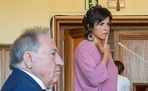 Teresa Rodríguez acusa por acoso sexual al empresario que la arrinconó y simuló besarla