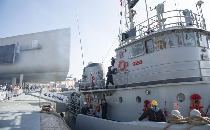 Santander conmemora el 120 aniversario del semáforo de señales marítimas de Cueto