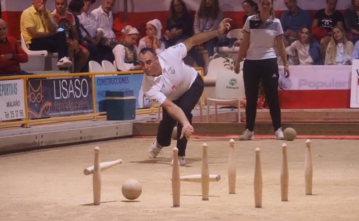 Laura Saiz y Lolo Lavid ganan el Torneo Mixto en Renedo