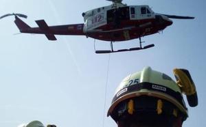 Evacuado en helicóptero un senderista que realizaba una ruta en el monte Candina