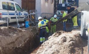 El Ayuntamiento mejora los accesos y las aceras en la plaza Ciriaco Párraga