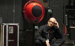 El artista Robert Henke estrena en exclusiva para Cantabria un show de música electrónica a oscuras