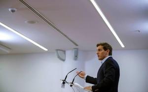 Rivera plantea al PP la abstención conjunta a la investidura con condiciones