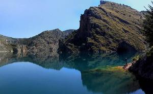De ruta por los barrancos del río Aguas Blancas, en Granada
