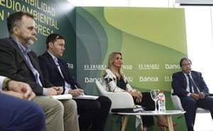 La presidenta de Sniace confía en no tener que pagar la multa que reclama el Estado por los vertidos al Saja