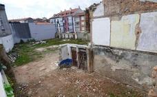 Vecinos de la calle Las Huertas de Santoña vuelven a denunciar la existencia de ratas en un solar