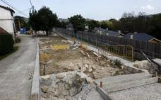 Torres estrenará en noviembre el área de descanso junto al carril bici a Suances