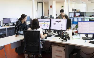 La UC y Sodercan renuevan el convenio para la formación de universitarios