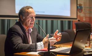 «La obra para cubrir las vías no piensa en las consecuencias urbanísticas para Santander»