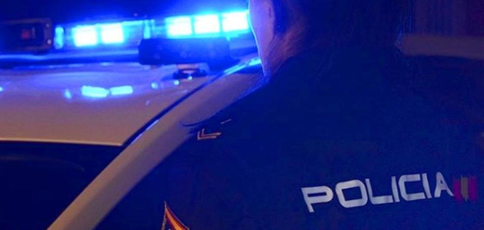 Detenido un joven de 25 años tras robar con violencia en dos establecimientos de Santander