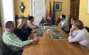 El delegado del Gobierno apela a la colaboración con los alcaldes del Saja y a no hacer política con las inundaciones
