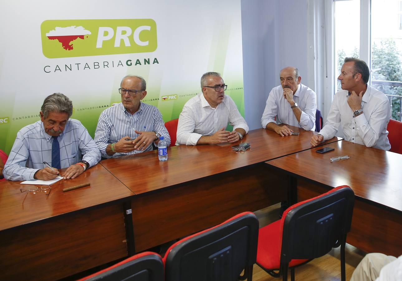 Revilla señala a Mazón como candidato al Congreso y le da libertad con las listas