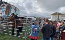 Cientos de personas se dan cita en la Feria de San Mateo en Reinosa