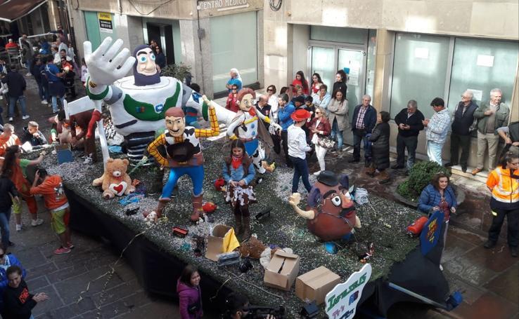 Desfile de carrozas en Reinosa