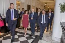 Revilla anuncia que Cantabria cerrará el año con un crecimiento del 2,6%