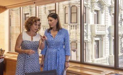La alcaldesa de Santander pide al Gobierno más apoyo económico para empleo y servicios sociales
