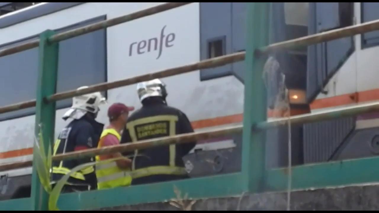 Un incendio en un tren de Cercanías causa retrasos y cancelaciones en la línea de Renfe hacia Campoo