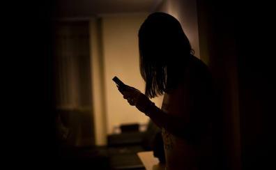 Tápate los ojos: las agresiones sexuales tras Tinder y Badoo