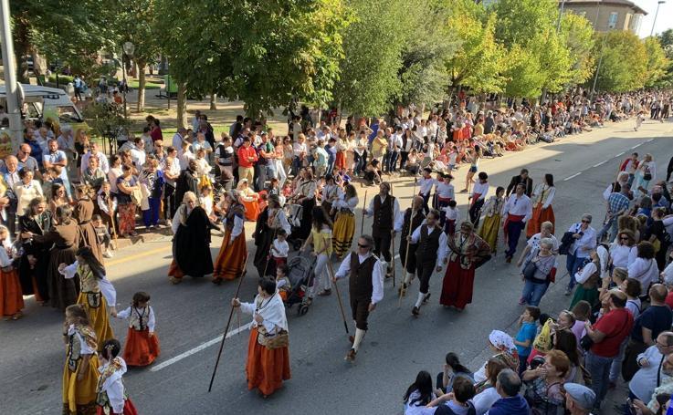 Quince carretas y diez agrupaciones folclóricas, en el Día de Campoo