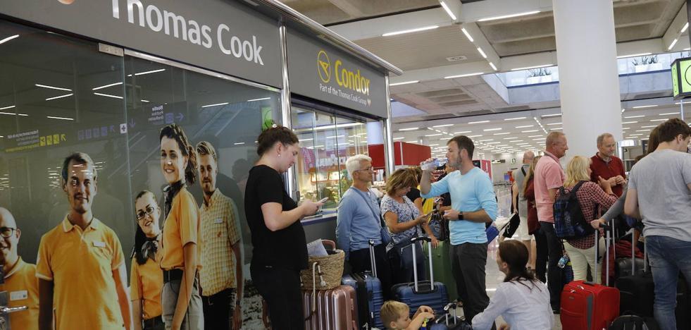 El sector turístico pide un trato similar a las inundaciones por la caída de Thomas Cook