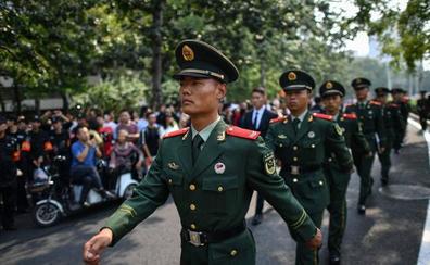 China exhibe músculo militar para celebrar su auge económico