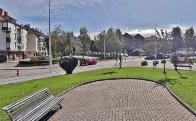 Cartes prevé reurbanizar el centro de Santiago fusionando sus dos grandes plazas