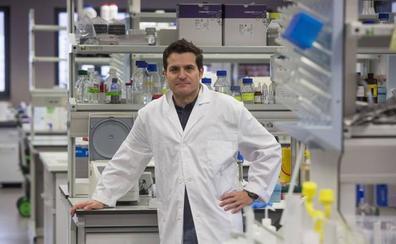 El científico del IBBTEC Fernando Calvo, premiado por sus investigaciones sobre el cáncer