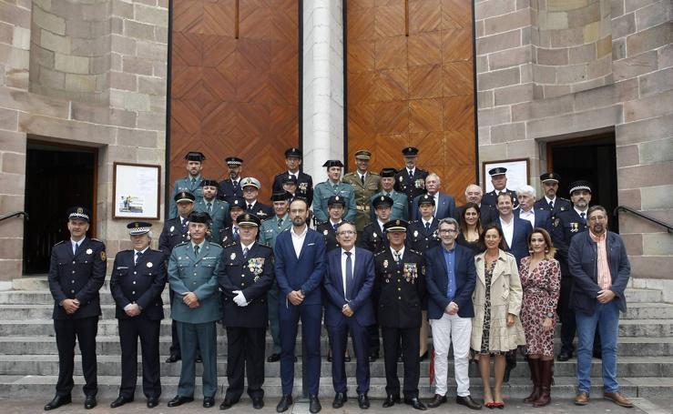 La Policía Nacional celebra a sus patronos en Torrelavega