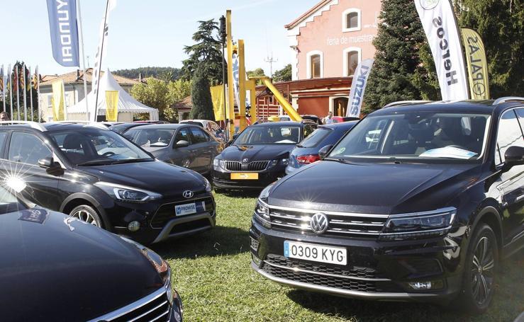 Feria de vehículos de ocasión en La Lechera de Torrelavega