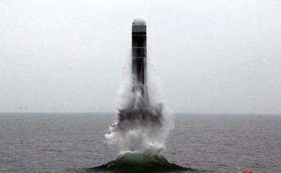 Corea del Norte confirma el lanzamiento de un nuevo misil desde un submarino