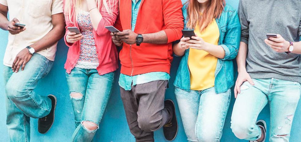 Dependencia al móvil, ¿causa o efecto de la depresión en adolescentes?