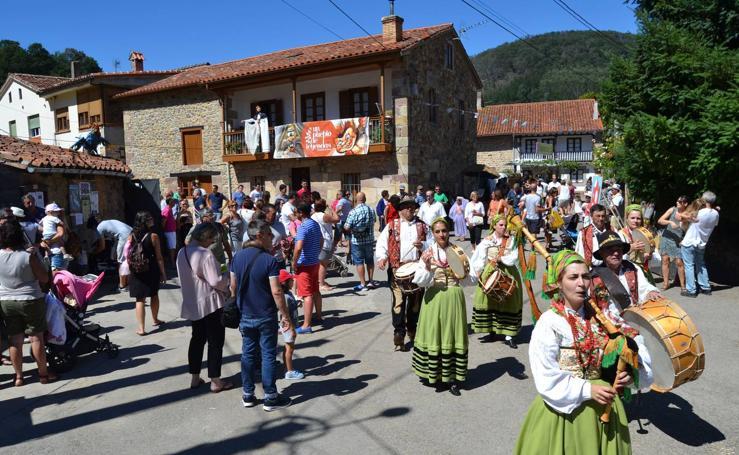 Así es Barriopalacio de Anievas, Pueblo de Cantabria 2019