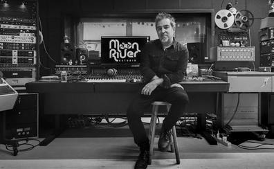 «Las discográficas ya no descubren músicos»
